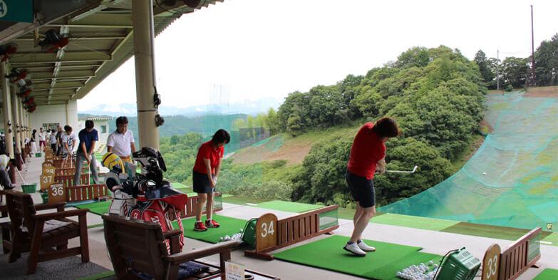 岩本山ゴルフ練習場